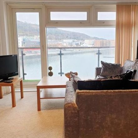 Rent this 2 bed apartment on Americanos in King's Road, Swansea SA1 8AW