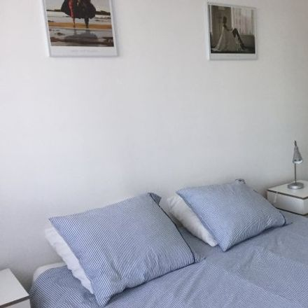 Rent this 2 bed apartment on 6 Quai Jacques Anquetil in 76100 Rouen, France