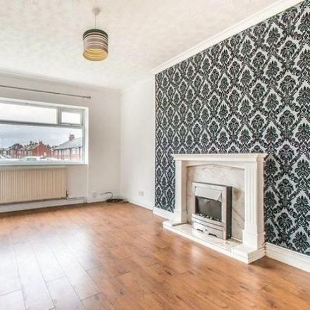 Rent this 3 bed house on Victoria Avenue in Leeds LS9 9DH, United Kingdom