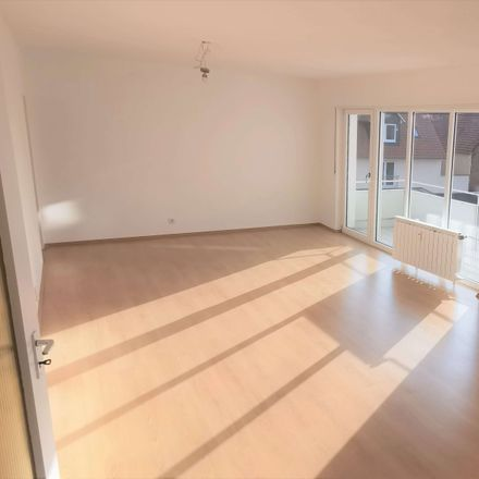 Rent this 2 bed apartment on Kalbacher Hauptstraße 56 in 60437 Frankfurt, Germany