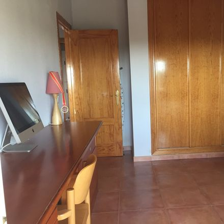 Rent this 1 bed house on Calle Cañada de Merinas in 104, 28270 Colmenarejo