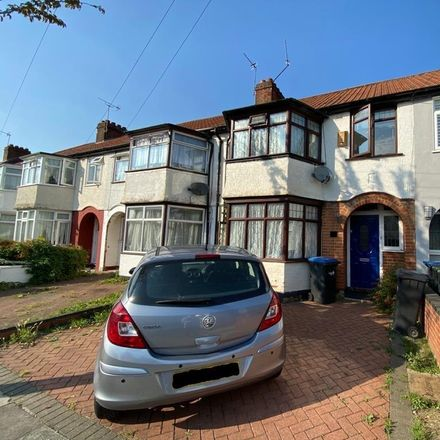 Rent this 3 bed house on Oaklands Avenue in London N9 7LJ, United Kingdom