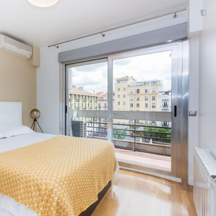 Rent this 2 bed apartment on Plaza de Pedro Zerolo in 2, 28004 Madrid