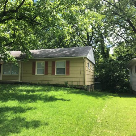 Rent this 3 bed house on Medford Dr in Saint Louis, MO