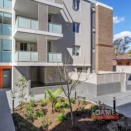 Rent this 2 bed apartment on 68/18-22 Lords Avenue