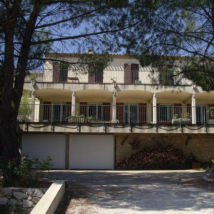 Rent this 1 bed house on 350 Avenue de Bagatelle in 13090 Aix-en-Provence, France
