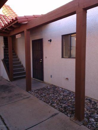 Rent this 3 bed condo on 1185 Plaza Maria in Sierra Vista, AZ 85635