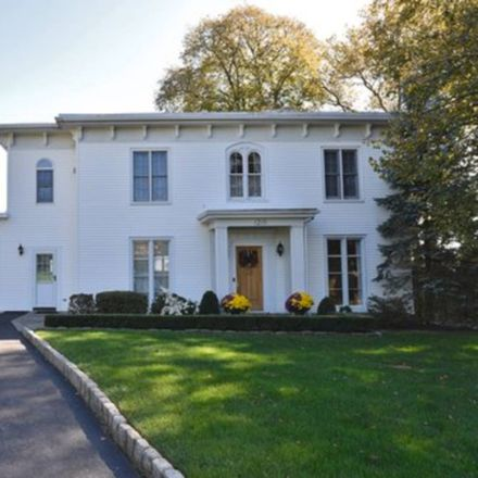 Rent this 4 bed house on 1215 Todt Hill Road in New York, NY 10304