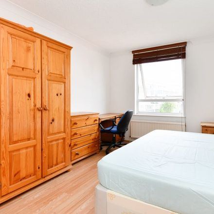 Rent this 4 bed apartment on 36-66 Eric St in 33-66 Eric Street, London E3 4TG