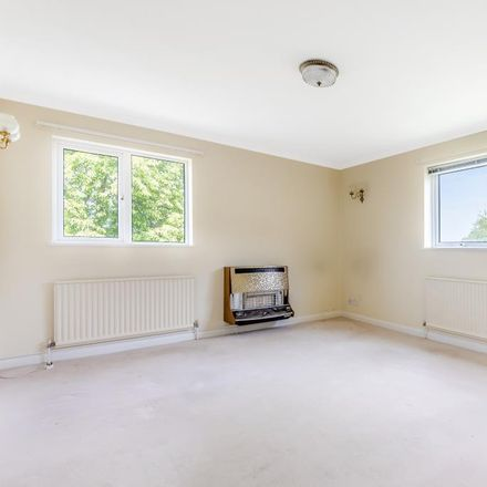 Rent this 3 bed apartment on Edward Feild School in Cleveland Close, Cherwell OX5 2LH