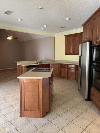 Rent this 3 bed house on 109 Bedford Court in Kingsland, GA 31548
